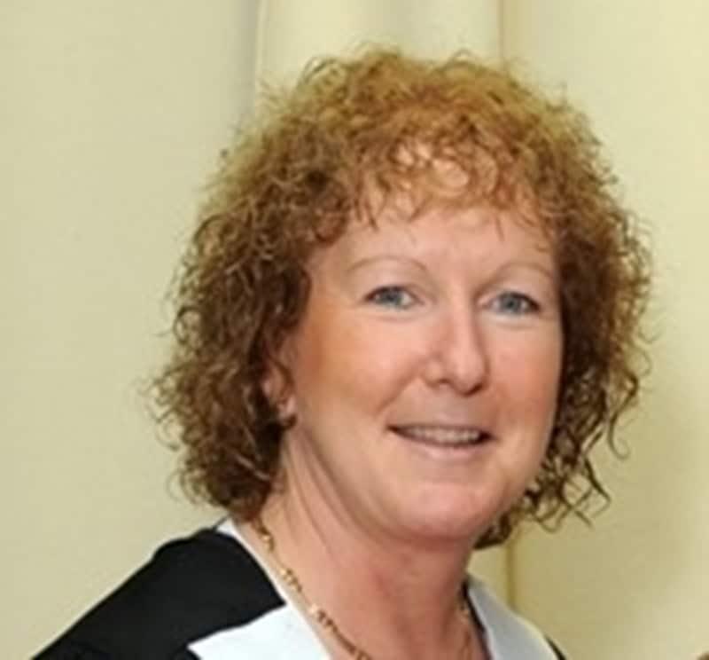 Prof. dr. Zena Moore